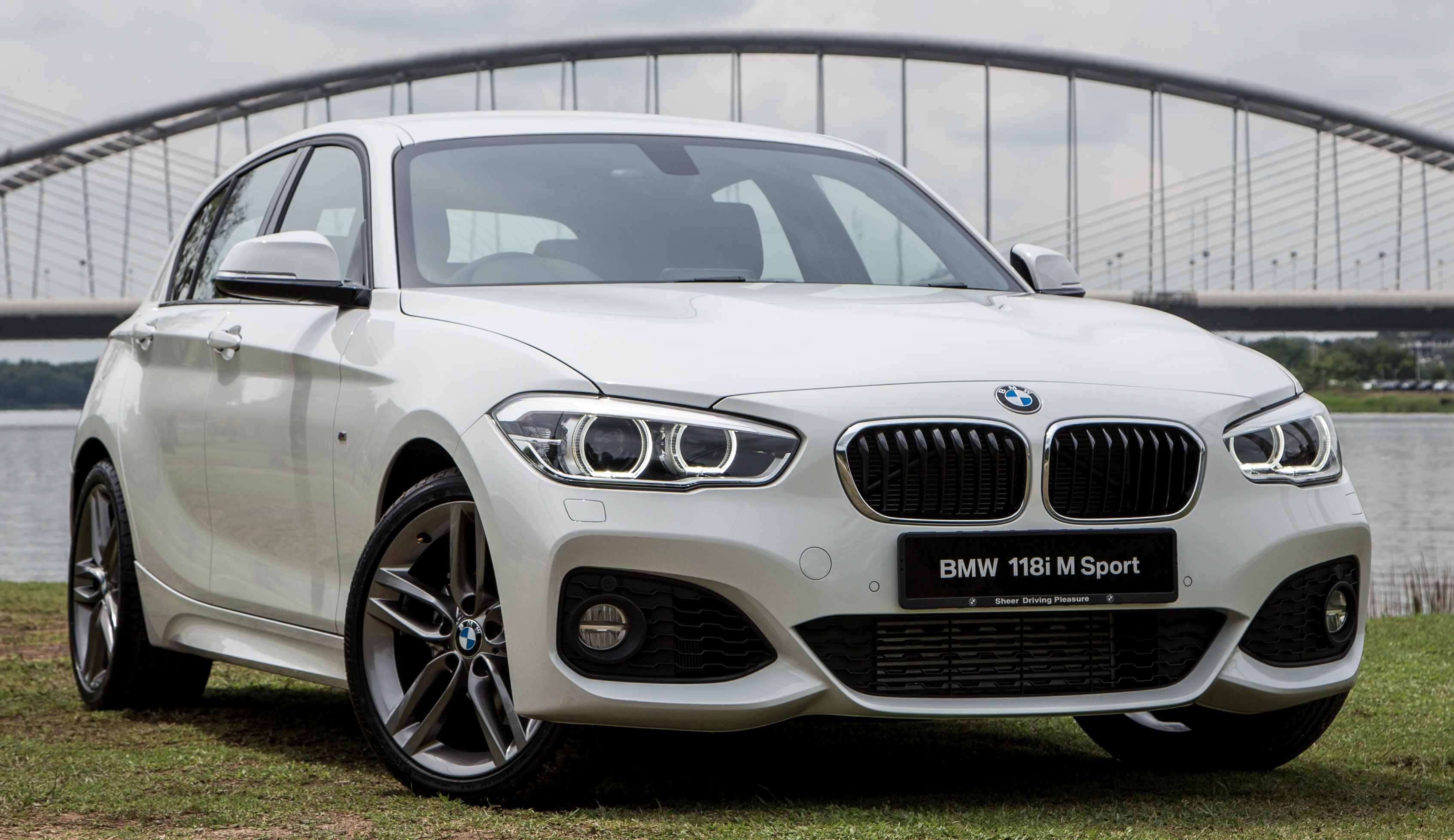 bmw 118i m sport launched in malaysia rm189k. Black Bedroom Furniture Sets. Home Design Ideas