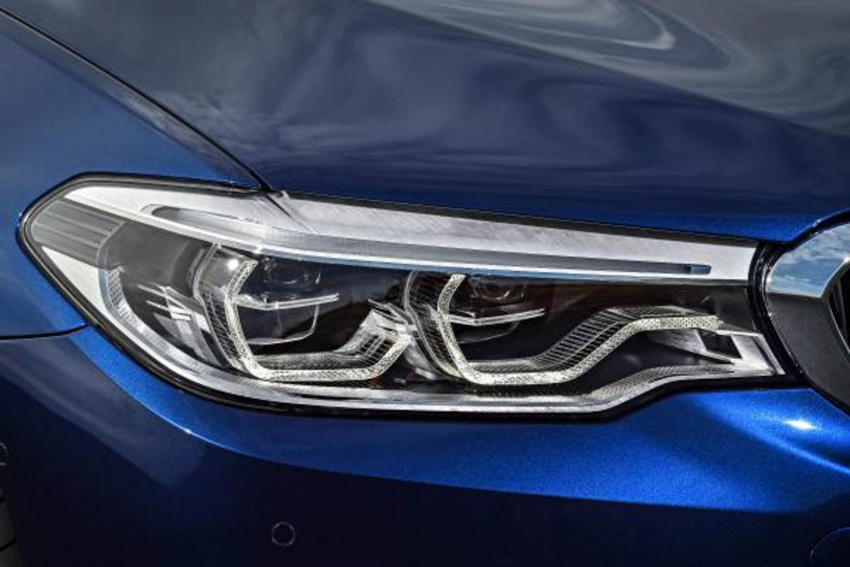 G31 BMW 5 Series Touring unveiled – 1,700-litre boot Image #610252