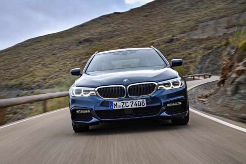 G31 BMW 5 Series Touring unveiled – 1,700-litre boot Image #610259