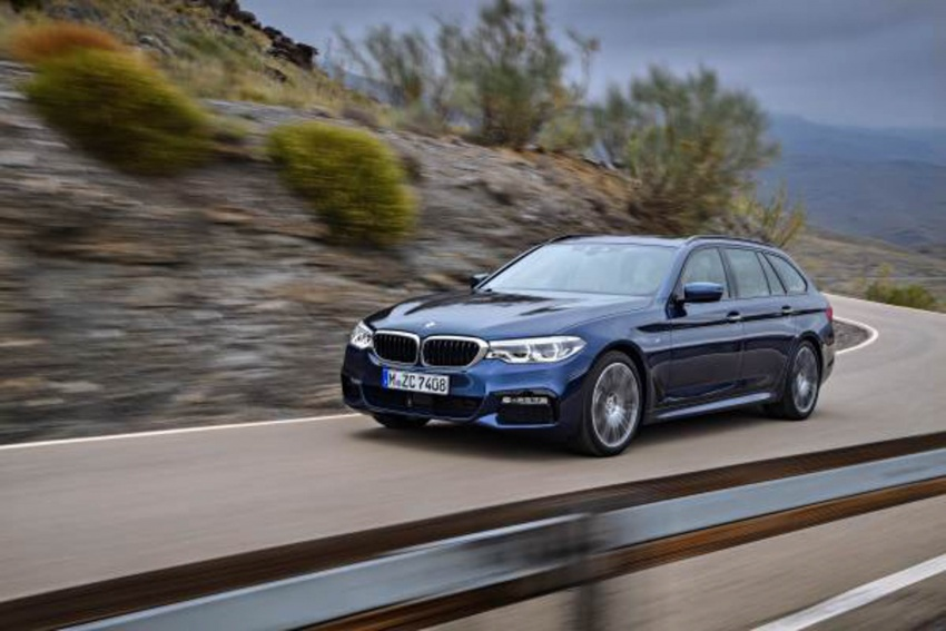 G31 BMW 5 Series Touring unveiled – 1,700-litre boot Image #610260