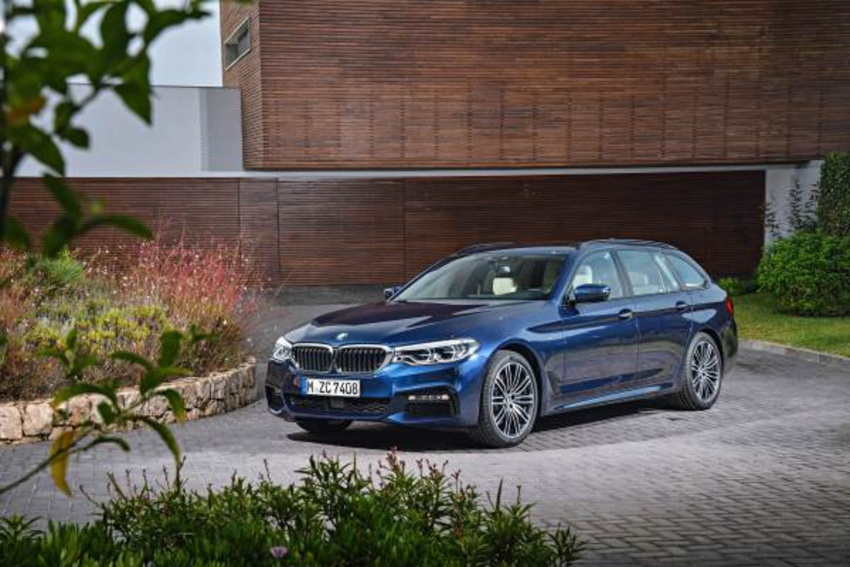 G31 BMW 5 Series Touring unveiled – 1,700-litre boot Image #610268