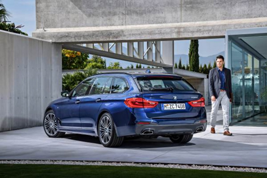 G31 BMW 5 Series Touring unveiled – 1,700-litre boot Image #610272