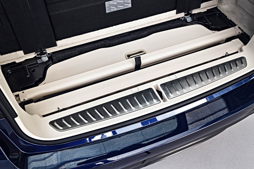 G31 BMW 5 Series Touring unveiled – 1,700-litre boot Image #610317