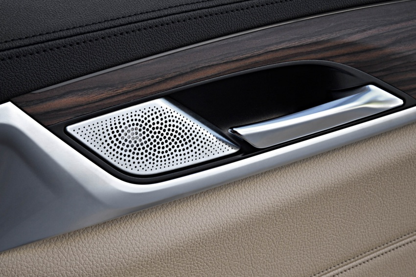 G31 BMW 5 Series Touring unveiled – 1,700-litre boot Image #610320