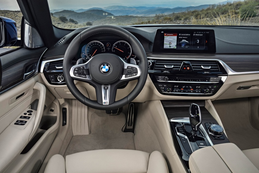G31 BMW 5 Series Touring unveiled – 1,700-litre boot Image #610334