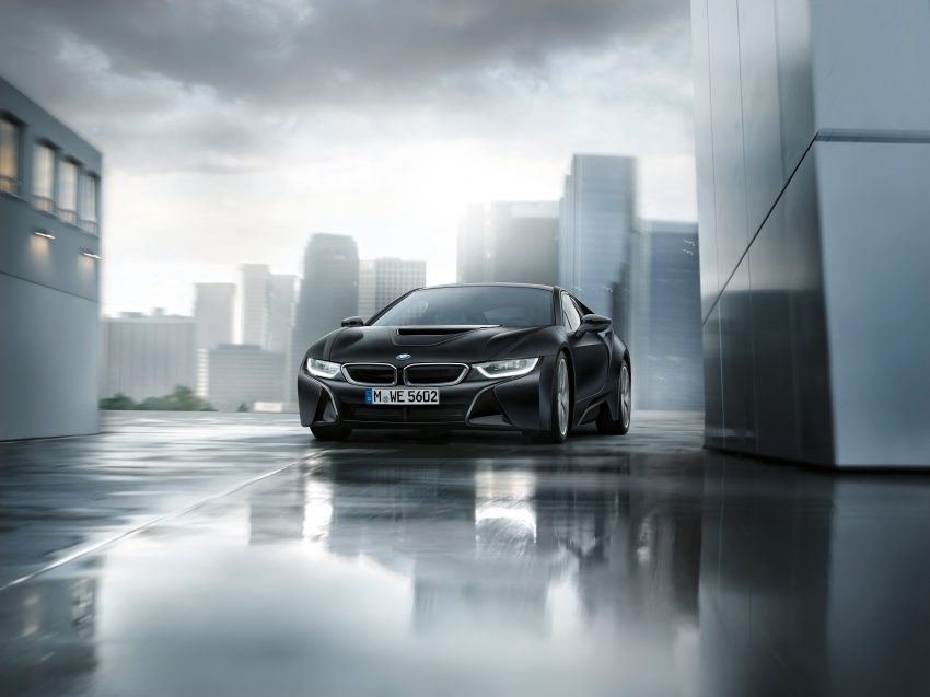 BMW dedah dua model edisi istimewa i8 untuk Geneva Image #611224