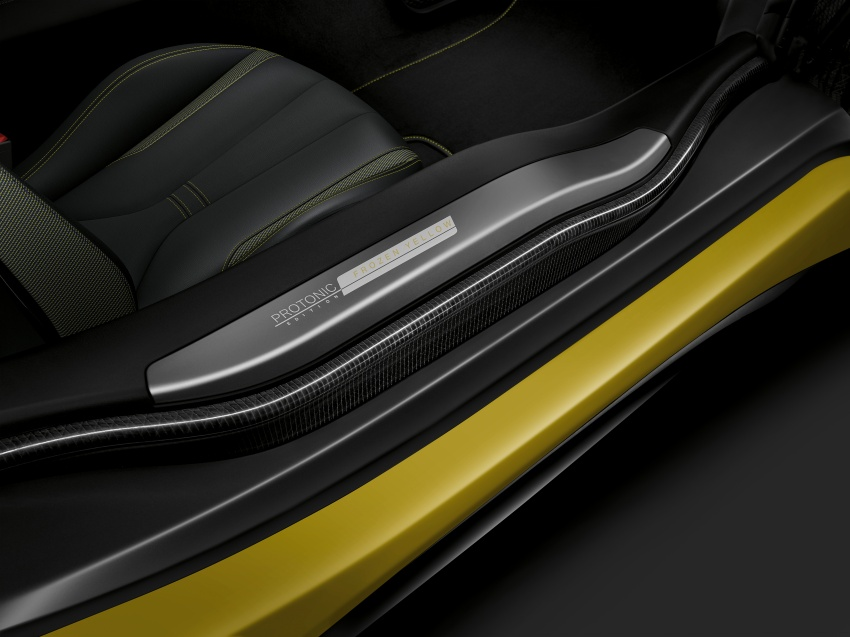 BMW dedah dua model edisi istimewa i8 untuk Geneva Image #611232