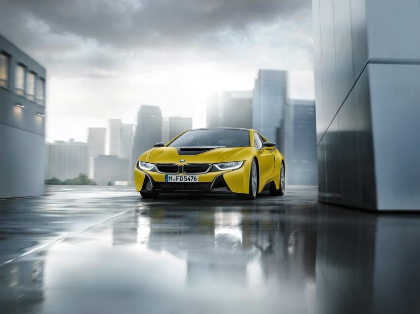 BMW dedah dua model edisi istimewa i8 untuk Geneva Image #611230