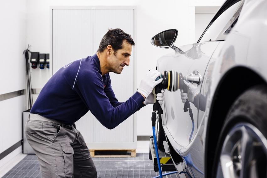 Bugatti Chiron – how a 420 km/h hypercar is born Image #613224