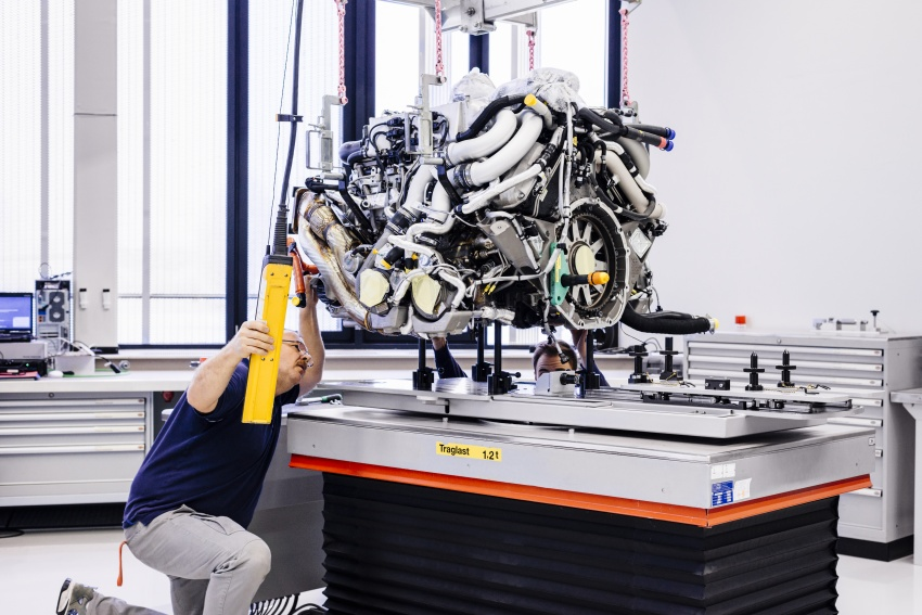 Bugatti Chiron – how a 420 km/h hypercar is born Image #613208