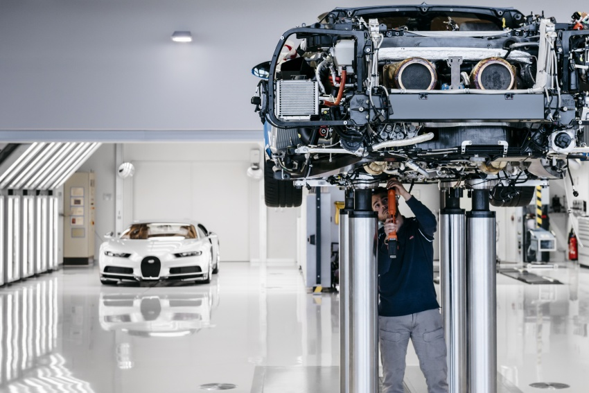 Bugatti Chiron – how a 420 km/h hypercar is born Image #613211