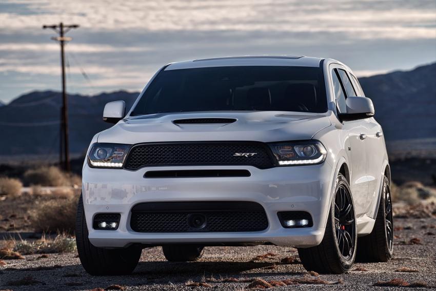 Dodge Durango SRT unveiled – 475 hp three-row SUV Image #613062