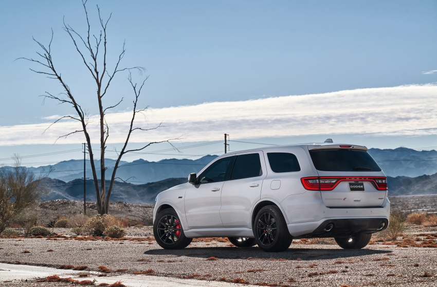 Dodge Durango SRT unveiled – 475 hp three-row SUV Image #613080