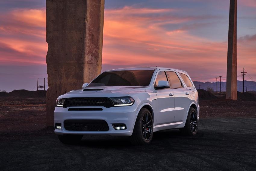 Dodge Durango SRT unveiled – 475 hp three-row SUV Image #613086