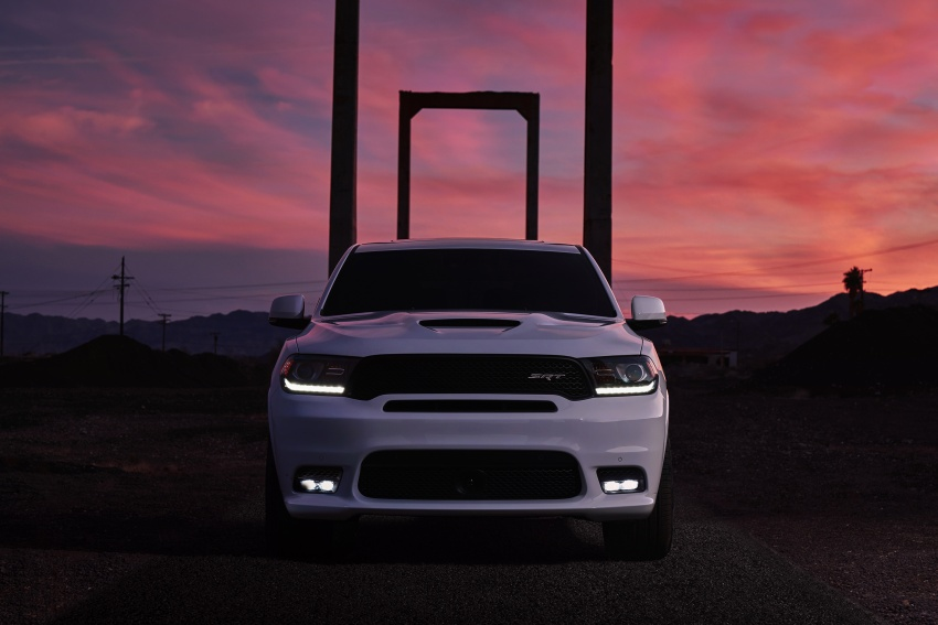 Dodge Durango SRT unveiled – 475 hp three-row SUV Image #613087
