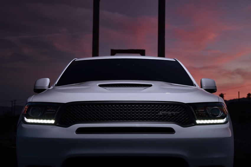 Dodge Durango SRT unveiled – 475 hp three-row SUV Image #613088