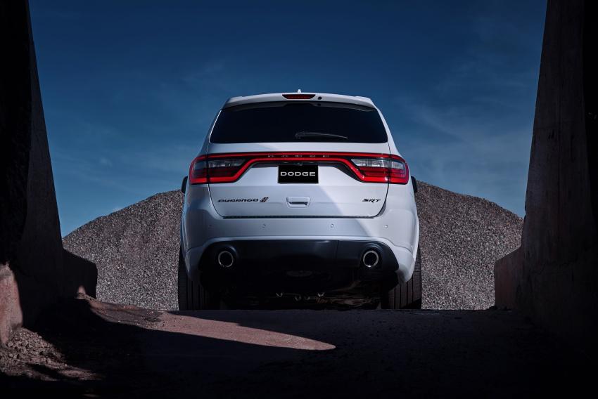 Dodge Durango SRT unveiled – 475 hp three-row SUV Image #613097