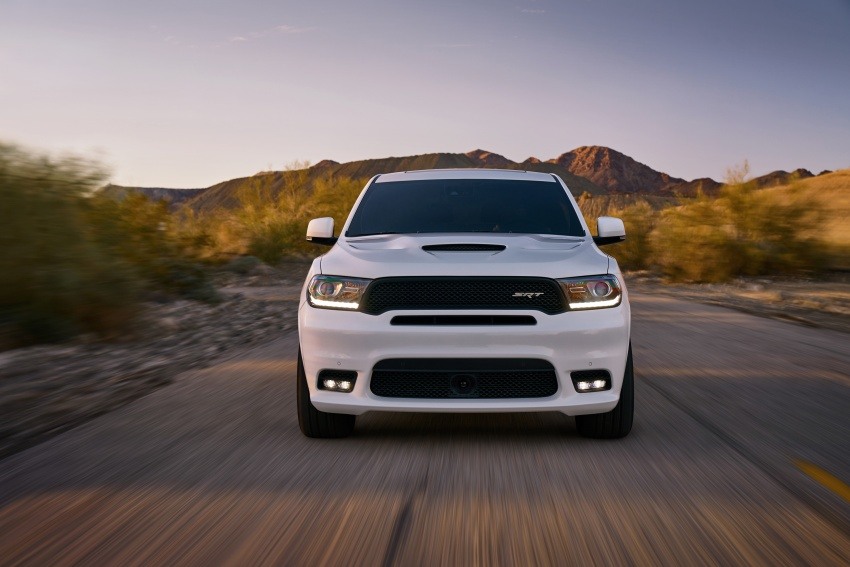 Dodge Durango SRT unveiled – 475 hp three-row SUV Image #613113