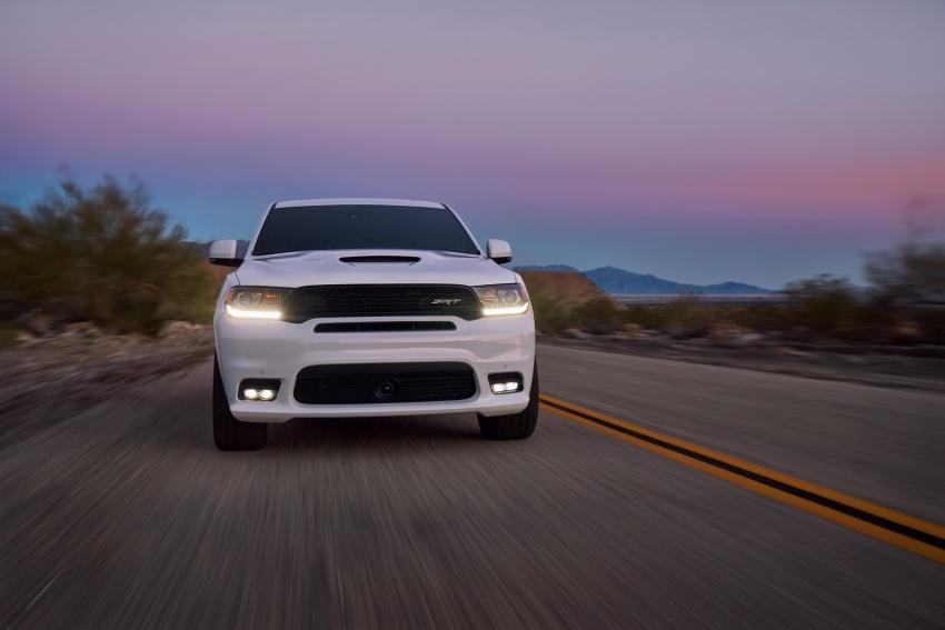Dodge Durango SRT unveiled – 475 hp three-row SUV Image #613115