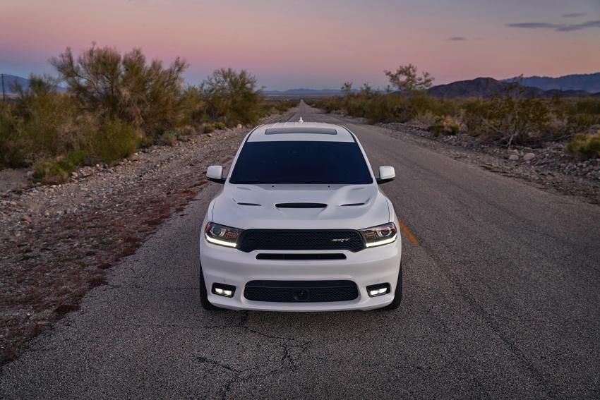 Dodge Durango SRT unveiled – 475 hp three-row SUV Image #613116