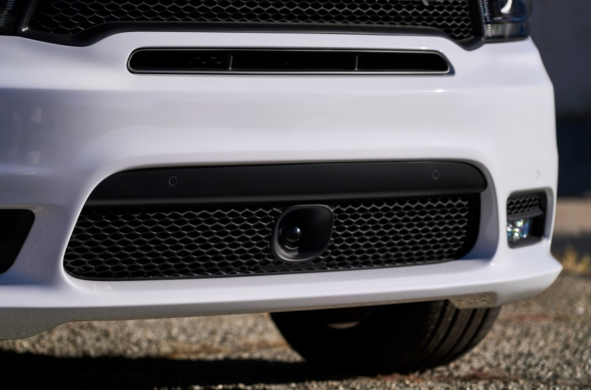 Dodge Durango SRT unveiled – 475 hp three-row SUV Image #613127