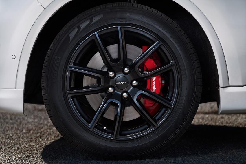 Dodge Durango SRT unveiled – 475 hp three-row SUV Image #613133