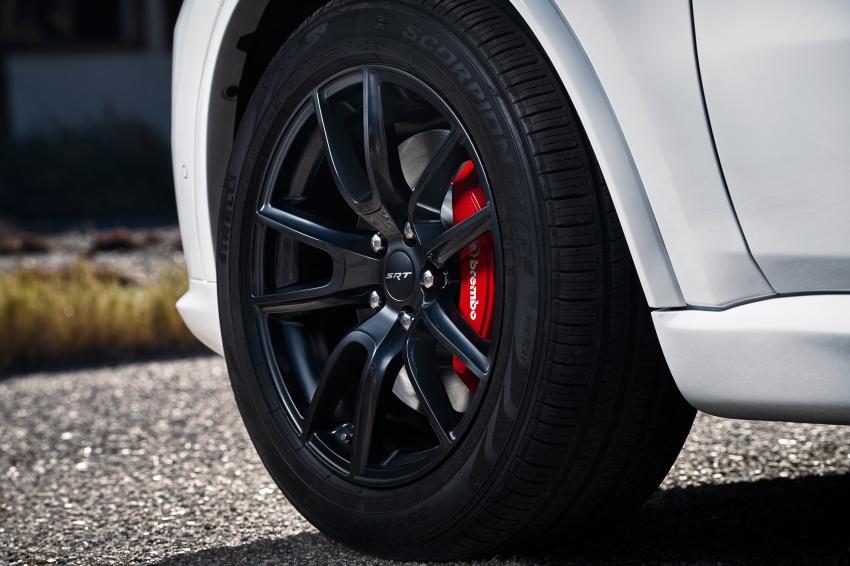 Dodge Durango SRT unveiled – 475 hp three-row SUV Image #613134