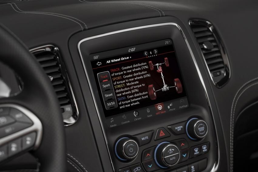 Dodge Durango SRT unveiled – 475 hp three-row SUV Image #613158
