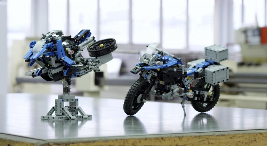 VIDEO: BMW Motorrad berganding dengan Lego Technic bina model konsep R 1200 GS boleh terbang Image #618579
