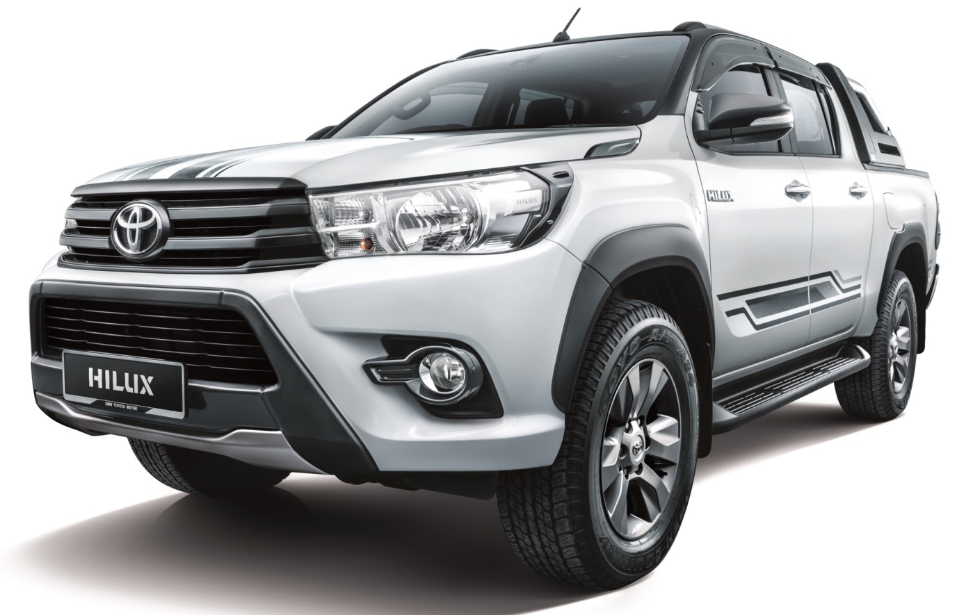 Toyota Hilux 2.4G Limited Edition – dark bits on white Image #615576