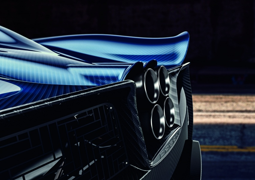 Pagani Huayra Roadster debuts with 764 hp, 1,000 Nm Image #615616