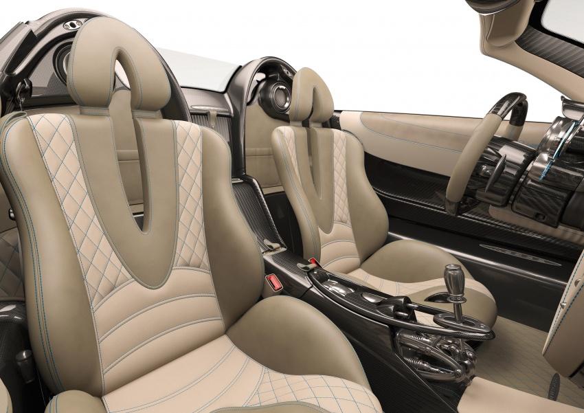 Pagani Huayra Roadster debuts with 764 hp, 1,000 Nm Image #615642