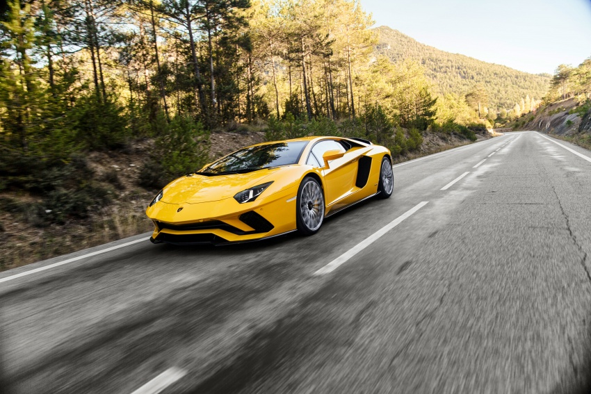 Lamborghini Aventador S launched in Malaysia, from RM1.8mil – 6.5L V12, 740 hp, 0-100 km/h in 2.9 s Image #619020