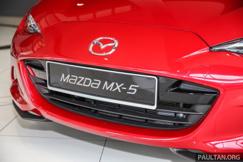 Mazda MX-5 RF in Malaysia – 2.0L, auto and manual Image #616357