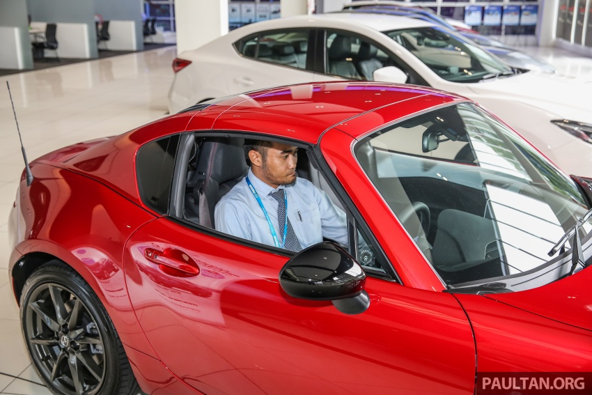 Mazda MX-5 RF in Malaysia – 2.0L, auto and manual Image #616378