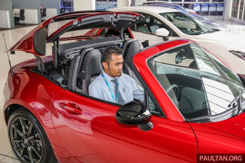 Mazda MX-5 RF in Malaysia – 2.0L, auto and manual Image #616382
