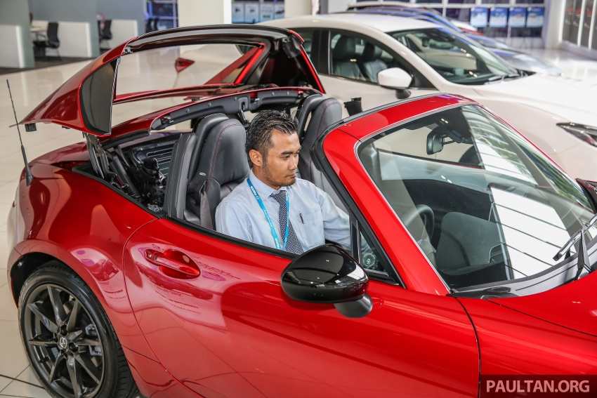 Mazda MX-5 RF in Malaysia – 2.0L, auto and manual Image #616383
