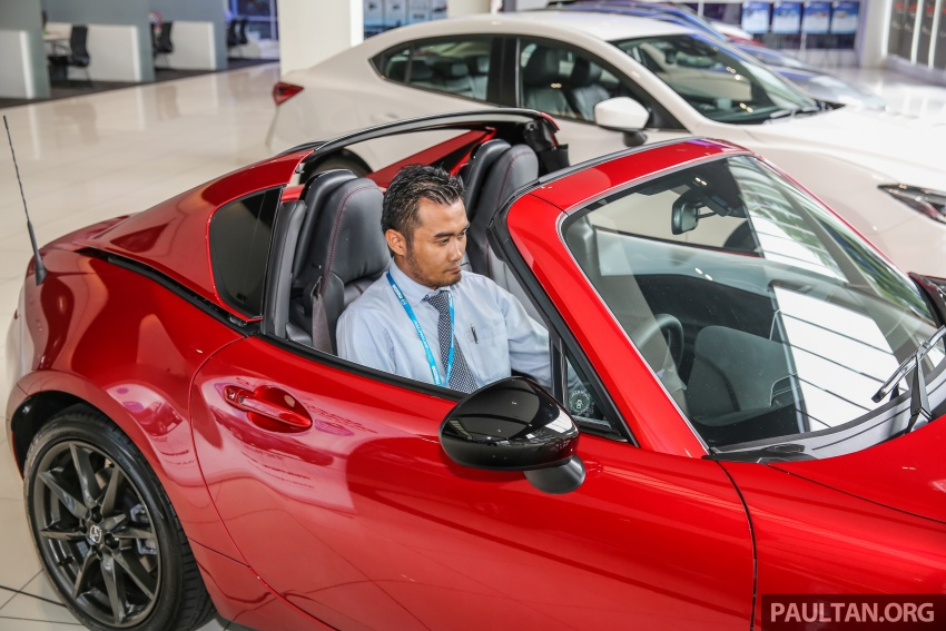Mazda MX-5 RF in Malaysia – 2.0L, auto and manual Image #616387