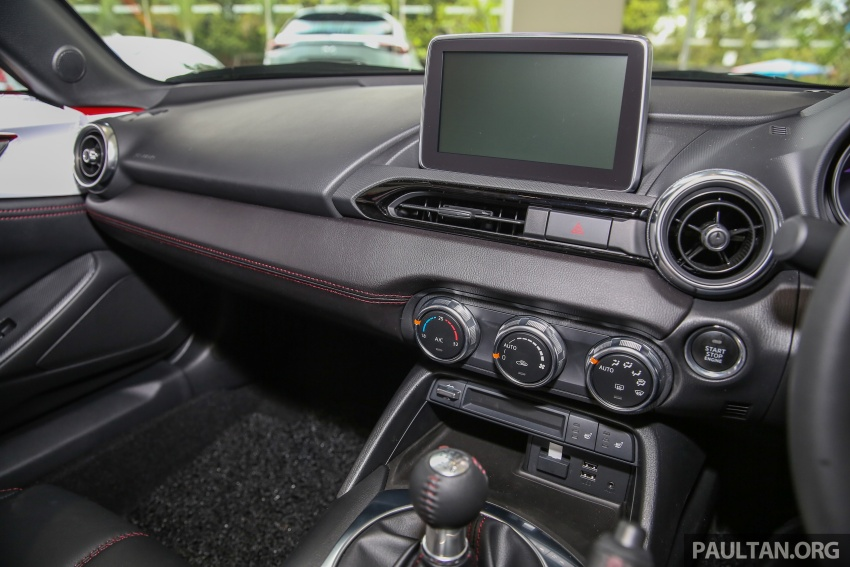 Mazda MX-5 RF in Malaysia – 2.0L, auto and manual Image #616393