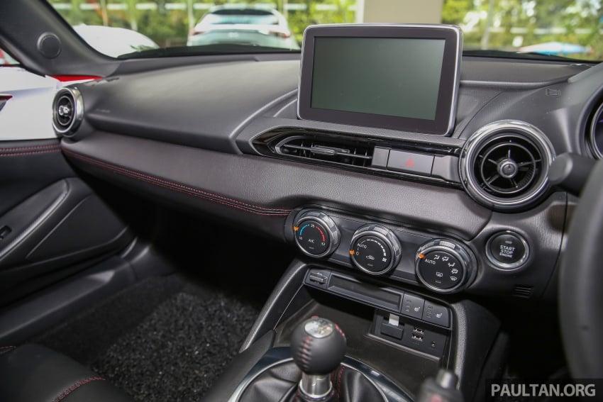 Mazda MX-5 RF in Malaysia – 2.0L, auto and manual Image #616393