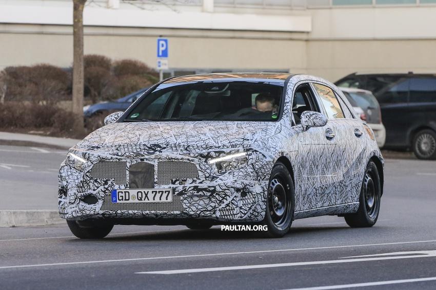 SPYSHOTS: Next-gen Mercedes-Benz A-Class spotted – new interior to feature E-Class widescreen cockpit! Image #617524