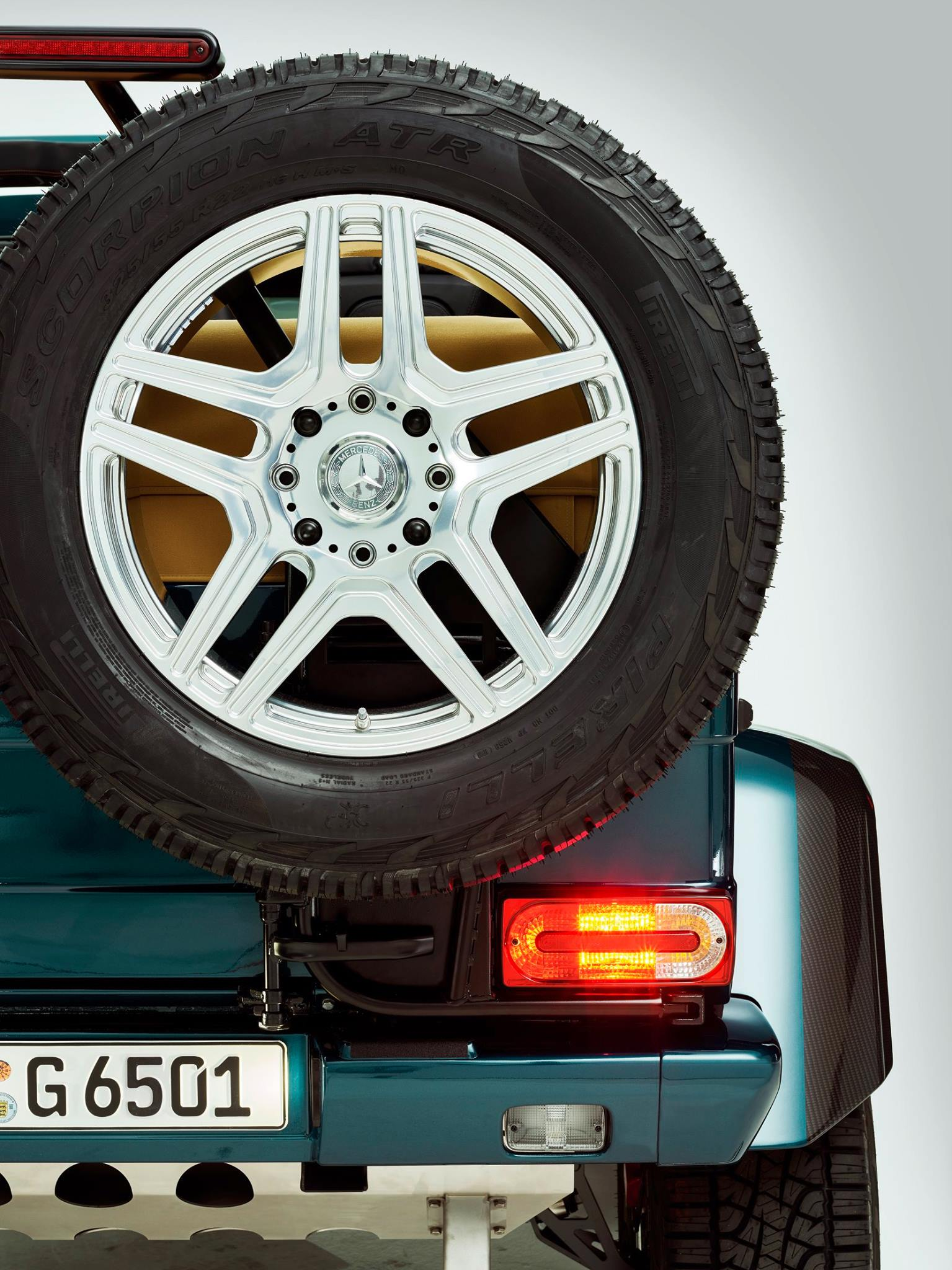 Mercedes-Benz G65 AMG 4x4² V12 Convertible teased