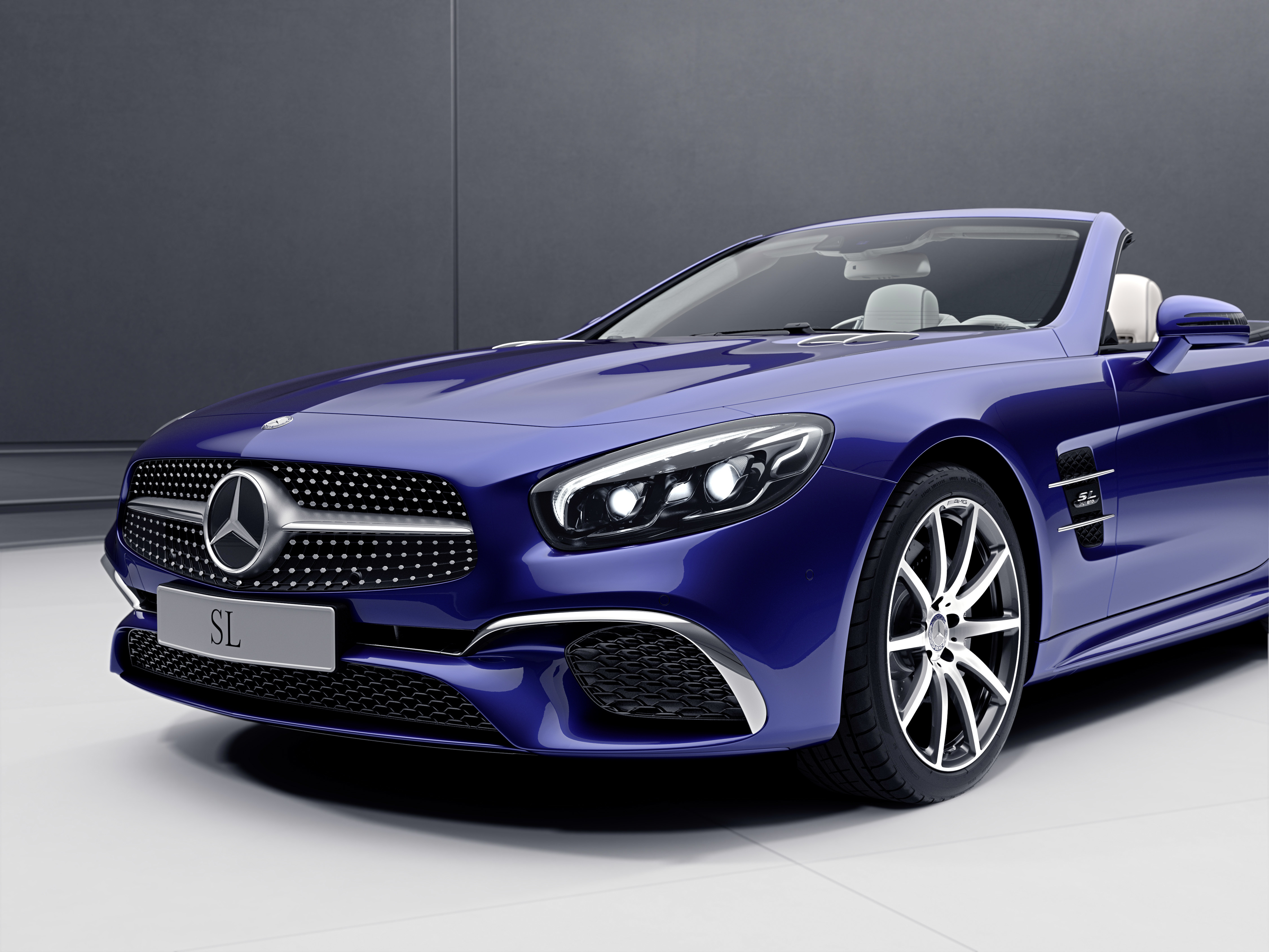 Mercedes SLC RedArt Edition, SL designo Edition Paul Tan ...
