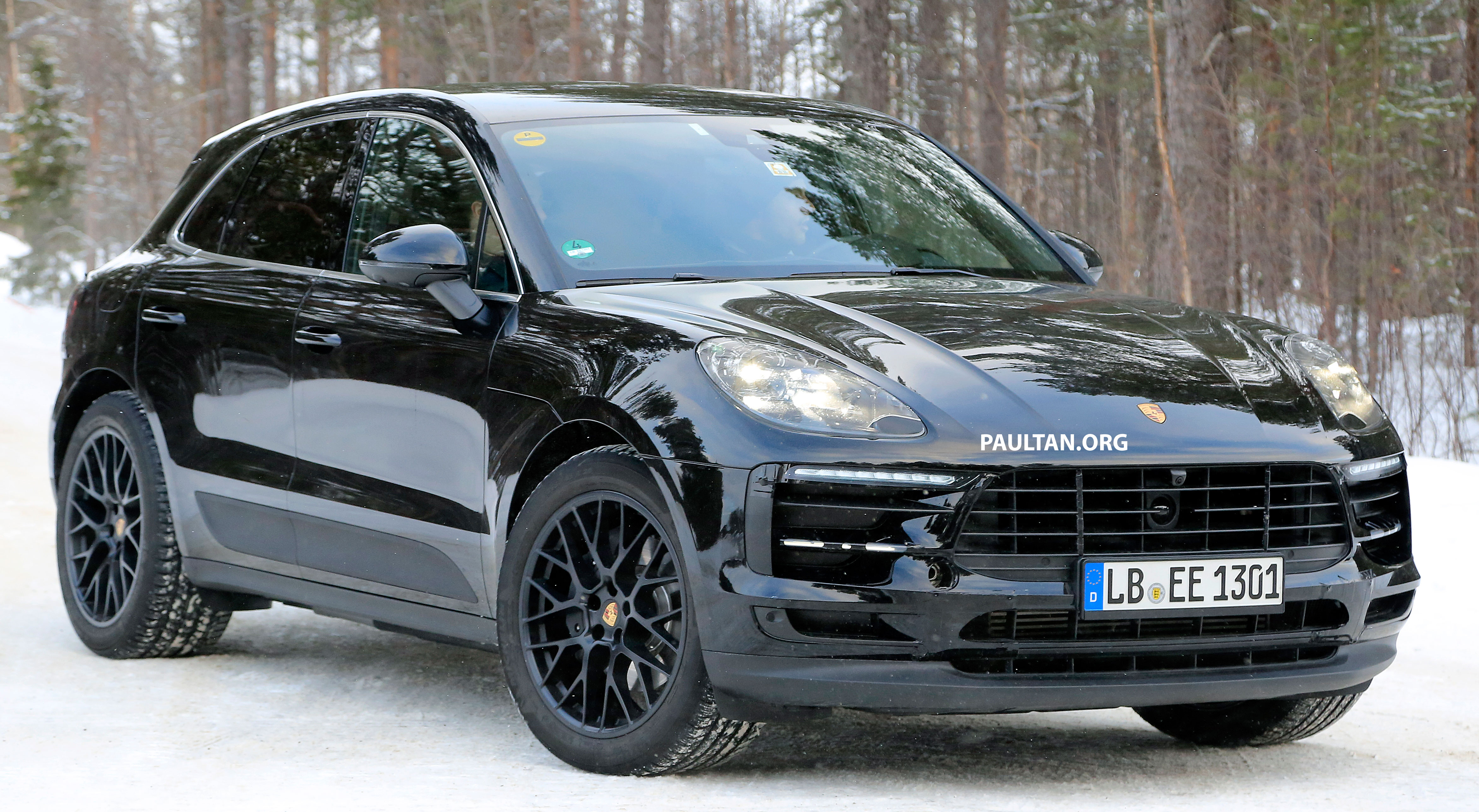 Spied Porsche Macan Facelift Undergoing Winter Trials