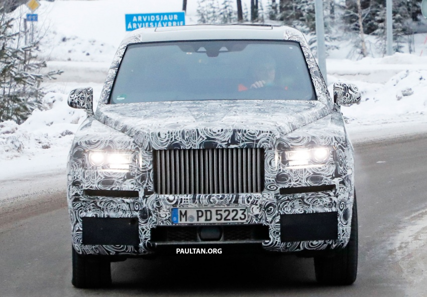 SPIED: Rolls-Royce Cullinan SUV running winter trials Image #613726