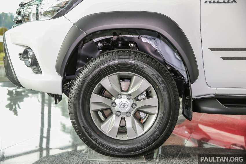 GALLERY: Toyota Hilux 2.4G Limited Edition up close Image #617935