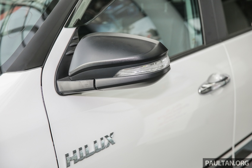 GALLERY: Toyota Hilux 2.4G Limited Edition up close Image #617936