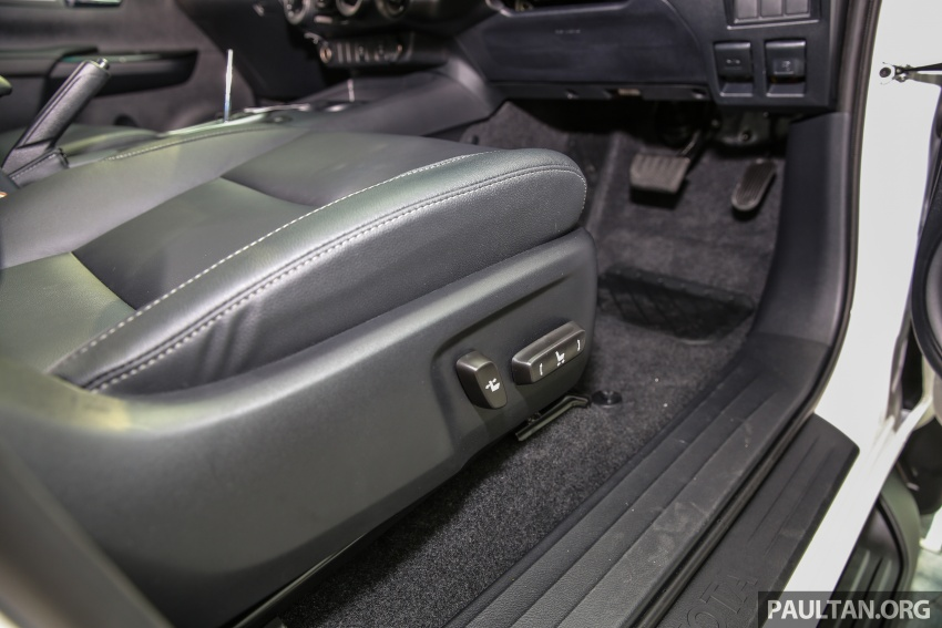 GALLERY: Toyota Hilux 2.4G Limited Edition up close Image #617965