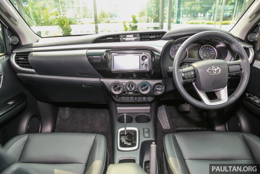 GALLERY: Toyota Hilux 2.4G Limited Edition up close Image #617954