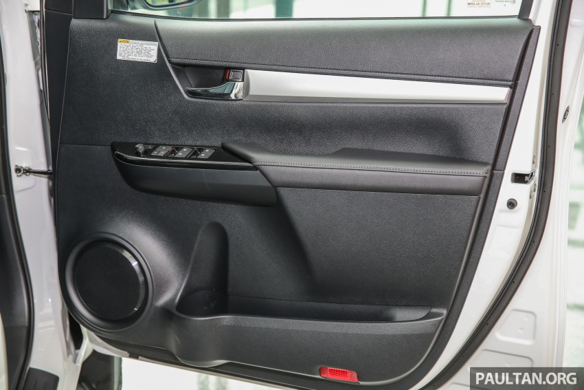 GALLERY: Toyota Hilux 2.4G Limited Edition up close Image #617972